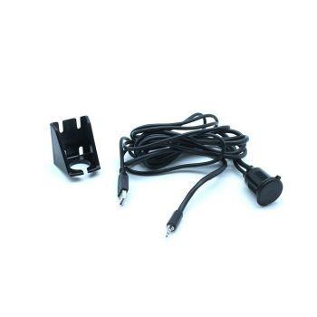 CTUNIUSB.2 Universal Auton kojelautaan asennettava USB portti